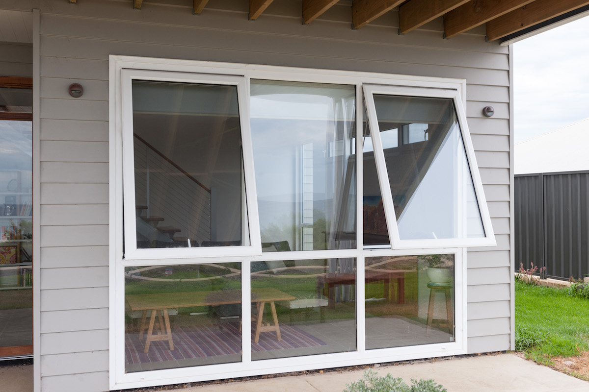 Awning Windows | Heatseal | Double Glazed Windows and Doors